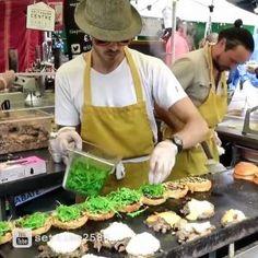Yummy London Street Food: Duck Meat Burger  credit: youtube@settime2588 #news #alternativenews