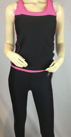 Comfortable and practical yoga women's tracksuit.