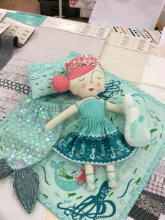 Coral Queen of the Sea. A Moda rep did her sample proud! I am working on one for the shop sample. :)  #HTDreamNurseryContest