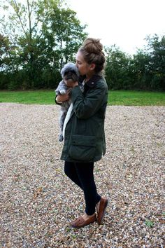 wearing: topshop jumper and jeans, babour coat, russell & bromley loafers, michael kors watch A lazy weekend slouching around, and playing with Milly (the cute but rather ugly Lhasa Apso I̵… Preppy Fall, Preppy Style, My Style, Barbour Jacket Women, Barbour Jacket Outfit, Fall Outfits, Cute Outfits, Casual Outfits, Country Fashion
