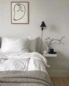 within satisfactory limits to our Scandinavian bedroom photo gallery showcasing lots of Scandinavian master bedroom ideas of every types. Scandinavian Bedroom, Nordic Bedroom, Scandinavian Style, Bedroom Photos, Minimalist Bedroom, Minimal Bedroom Design, Minimalist Art, Modern Bedroom, Home Decor Bedroom