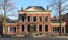 Martinikerkhof 10 Feithhuis Groningen NL - rijksmonument in Groningen (City - NL) woonhuis van Johan Adriaan Feith (Groningen, 25 september 1858 - aldaar, 28 januari 1913) was een Nederlandse jurist en historicus.
