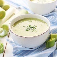 O clássico francês das sopas frias. Muitos legumes e um pouco de natas, algumas horas no frio e a sopa está pronta