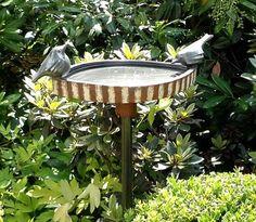 Keramik Vögel (Hühner) von Margit Hohenberger                                                                                                                                                      Mehr