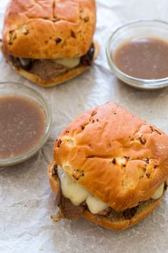 Slow Cooker French Dip Sandwiches - really good with sour cream and horseradish (french meal sour cream) Slow Cooker Recipes, Crockpot Recipes, Cooking Recipes, Venison Recipes, Crockpot Dishes, Lamb Recipes, Wrap Recipes, Casserole Recipes, Snack Recipes