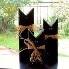 Rustic black cats, Halloween decor, Fall decor, Recycled 2x4's (set of 3)