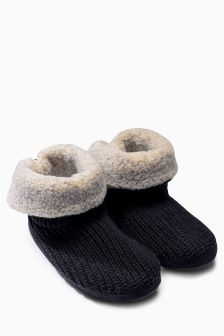 68e6d6e1ef1b Buy Men s footwear Footwear Slippers Slippers from the Next UK online shop