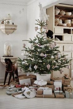 52 Small Christmas Tree Decor Ideas | ComfyDwelling.com