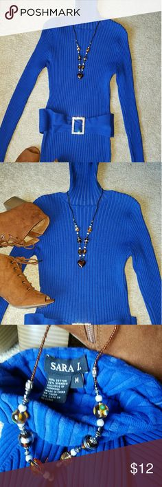 Turtle neck holiday Sweater. Pre-love but in excellent condition. Sara I Sweaters Cowl & Turtlenecks