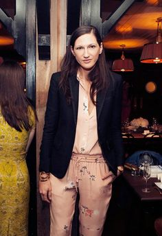 A Dinner to Fete CFDA/Vogue Fashion Fund Winners and Their J. Vogue Fashion, Star Fashion, Fashion Outfits, Womens Fashion, Style Parisienne, Jenna Lyons, J Crew Style, Love Her Style, Get Dressed