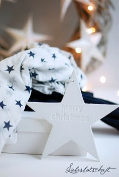 CLAY STAMPED STAR .... I WILL MAKE :)