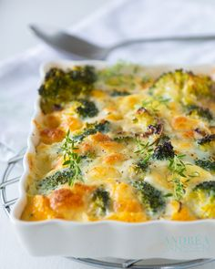 frittata with broccoli, a delicious vegetarian lunch or dinner recipe.You can find Vegetarische recepten hoofdgerecht and m. Broccoli Recipes, Veggie Recipes, Lunch Recipes, Dinner Recipes, Healthy Recipes, Delicious Recipes, Veggie Food, Pasta Recipes, Vegetarian Casserole