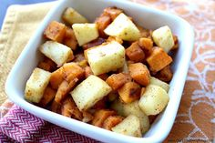Maple Cinnamon Sweet Potatoes and Apples Recipe on Yummly. Potato And Apple Recipe, Sweet Potato And Apple, Sweet Potato Hash, Egg Free Recipes, Apple Recipes, Fall Recipes, Holiday Recipes, Elimination Diet Recipes, Sweet Potato Cinnamon
