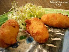 Croquetas de merluza y gambas. Receta Seafood Recipes, Mexican Food Recipes, Ethnic Recipes, Decadent Cakes, Spanish Food, Antipasto, What To Cook, Fish And Seafood, International Recipes