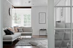 Yksinkertaista kauneutta olohuoneen sisustuksessa