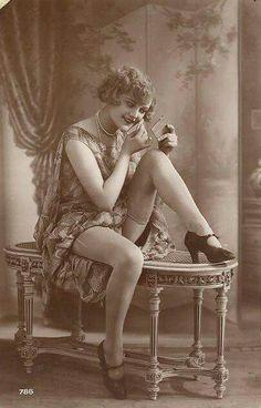 Flapper circa 1920