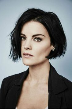 Actress Jaimie Alexander of 'Blindspot' poses for a portrait at the Getty Images Portrait Studio Powered By Samsung Galaxy At Comic-Con International 2015 at Hard Rock Hotel San Diego on July Get premium, high resolution news photos at Getty Images Short Shag Hairstyles, Girls Short Haircuts, Short Hairstyles For Women, Hairstyles 2018, Bob Hairstyle, Jaimie Alexander, Jamie Alexander Hair, Short Dark Hair, Short Hair Cuts