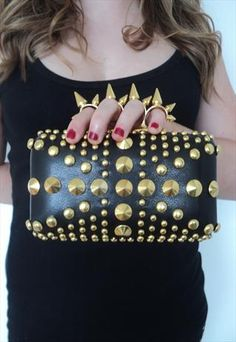 Spiked Clutch