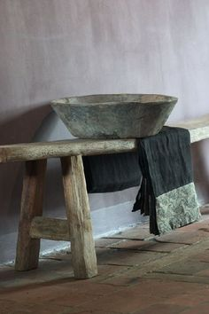 nice Japanese Aesthetic: 35 Wabi Sabi Home Décor Ideas Wabi Sabi, World Of Interiors, House Interiors, Japanese Aesthetic, Home And Deco, Rustic Interiors, Decoration, Home And Living, Im Not Perfect