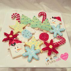 Vanilla bean Shortbread Christmas Cookies - Lil Mrs Cake Heart