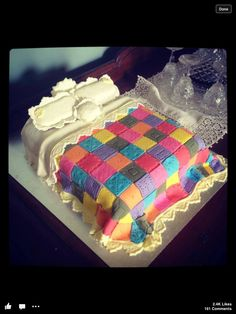 Beautiful Quilted Bed Cake! I need to make this for my mom. She does quilts.