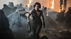 A gallery of 100 Resident Evil: The Final Chapter publicity stills and other photos. Featuring Milla Jovovich, Ali Larter, Ruby Rose, Iain Glen and others. Series Movies, Movie Characters, Movies And Tv Shows, Monster Hunter Movie, Film Romance, Evil Games, Meagan Good, Film Streaming Vf, Best Superhero