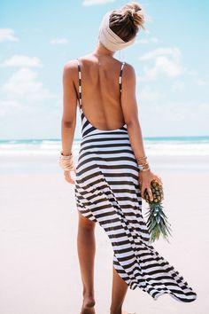 maxi robe dos nu fendu à rayure -Noir blanc  11.95