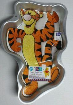 Disney Tigger Pooh cake pan by Wilton 1998 paper insert instructions