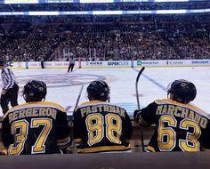 line in hockey Boston Bruins Hockey, Pittsburgh Penguins Hockey, Chicago Blackhawks, Ice Hockey Teams, Hockey Players, Sports Teams, Boston Sports, Boston Red Sox, Patrice Bergeron