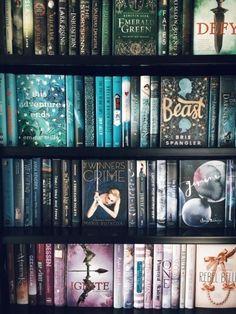 Ooooohh I have more books to read I Love Books, Books To Read, My Books, Library Books, Bookshelf Inspiration, Modele Pixel Art, World Of Books, Books For Teens, Book Aesthetic