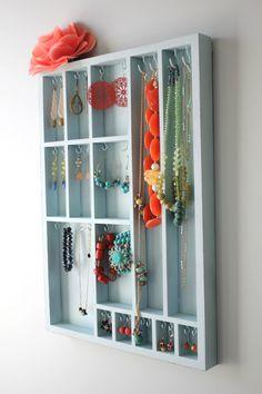 Jewelry Display by Bluebirdheaven by bluebirdheaven on Etsy
