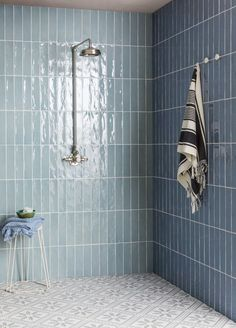 tiles Patterns Planning a bathroom renovation? Check out the latest trends in tiles for your project. Textured finishes, patterned designs and large format tiles, the collections in this article focus on the key tile trends for Bathroom Color Schemes, Bathroom Tile Designs, Bathroom Trends, Bathroom Ideas, Stone Bathroom Tiles, Bathroom Tile Patterns, Textured Tiles Bathroom, Ceramic Tile Bathrooms, Bathroom Images