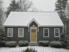 Cape cod home style exterior cape cod pinterest for Cape cod house characteristics