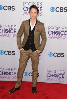 2013 People's Choice Awards | Gallery | Wonderwall - rocking it like a boss!