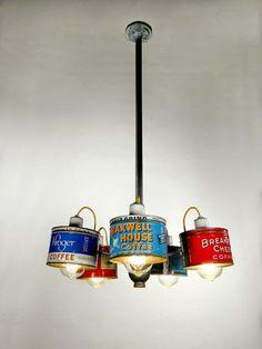Lampe aus Dosen (Bild: Rodney Allen Trice / Etsy) (diy things to make upcycle) Chandelier Lighting, Chandeliers, Unique Chandelier, Unique Lamps, Vintage Chandelier, Coffee Cans, Coffee Shop, Coffee Tables, Diy Luz