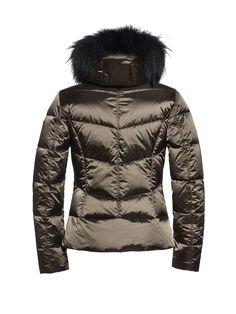 #Kitesun GB03-10-173 gb0310173 #648 #Bomber #skijack #skiwear #luxurysportswear #Goldbergh #GB #ski #snowwear #skifashion #foxfur