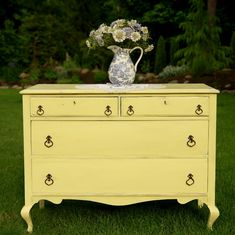 Shabby Yellow Dresser to die for! Okay, not really cute enough to die for but you get my meaning..... ;)