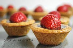 #ricetta #dolce #mignon #paasta #frolla #integrale #ganache #cioccolato #fragole #giorgiapassionecucina