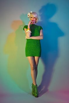 Loving the shoes in this series!! Editorial Helen Rödel - Estudos MMXI