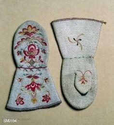 Crochet Mittens, Knitted Gloves, Fingerless Gloves, Knit Crochet, Net Making, Folk Embroidery, Wrist Warmers, Cutwork, Embroidery Techniques