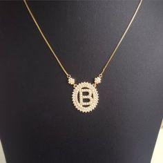 https://www.nieva.com.br/prod/1735/colar-inicial-do-nome-ouro-letra-b