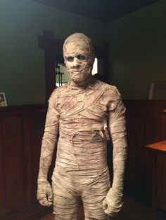Mummy costume made by Amanda Hosler  and makeup and prosthetic work Brutalbeeart