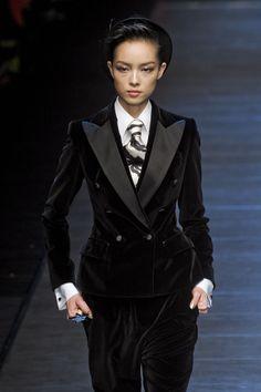Dolce & Gabbana at Milan Fashion Week Fall 2011 - StyleBistro