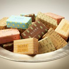 Soaps Packaging, Packaging Design, Decor Ideas, Design Soaps, Soaps Design, Alora Soaps, Homemade Soaps, Soaps Fragrance › Impackage.com