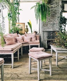 Everything You Need to Know to Take the Perfect Interiors Instagram Photo from InStyle.com
