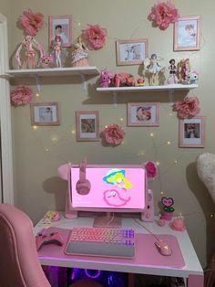 Gamer Setup, Gaming Room Setup, Pc Setup, Gaming Rooms, Desk Setup, Gaming Chair, Cute Room Ideas, Cute Room Decor, Pastel Room