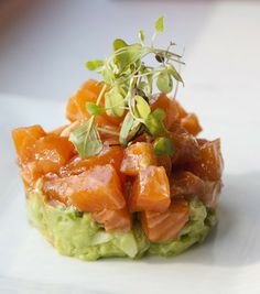 Salmon Ceviche with Avocado. Spicy Salmon Ceviche paired with a Bright Avocado Salad. Raw Food Recipes, Fish Recipes, Seafood Recipes, Dinner Recipes, Cooking Recipes, Healthy Recipes, Freezer Recipes, Freezer Cooking, Drink Recipes