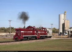 RailPictures.Net Photo: EE 17 Ellis & Eastern SW900 at Sioux Falls, South Dakota by Extra 127 South
