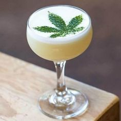 These CBD-infused cocktail recipes are perfect for any holiday or Christmas party; these easy-to-make recipes feature classic drinks with CBD oil. Coffee Milkshake, Vanilla Milkshake, Aquafaba, High Society, Pina Colada, Matcha, Tequila Recipe, Banana Coffee, Mariana