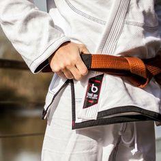 cad146a4262 Simplicidades dos Detalhes    Os nossos kimonos são produtos premium  exclusivos que se destacam…